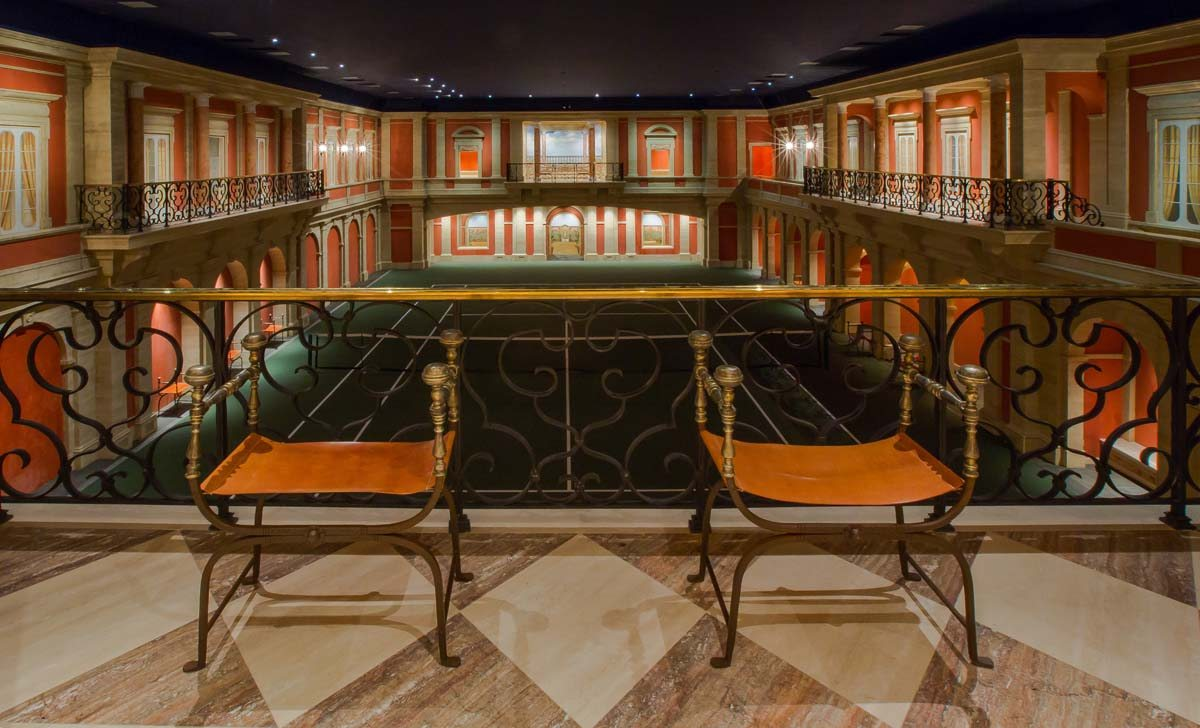 BLOG_37-RE-18th-century-neoclassical-ballroom-viewing-area