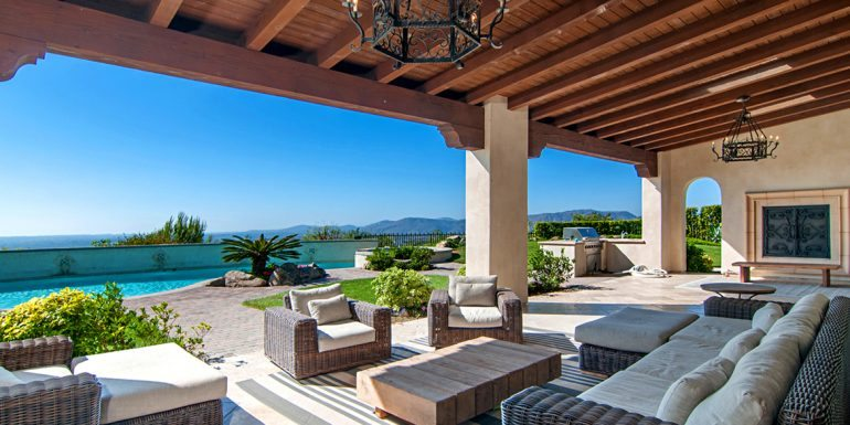 Coldwell Banker Hosts Luxury Real Estate Event in San Diego