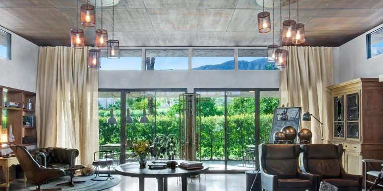 Home of the Week: Curated Elegance in Palm Springs