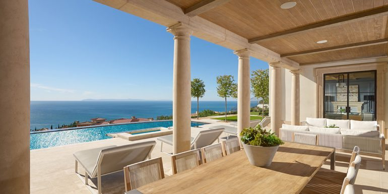Home of the Week: Coastal Contemporary in Crystal Cove