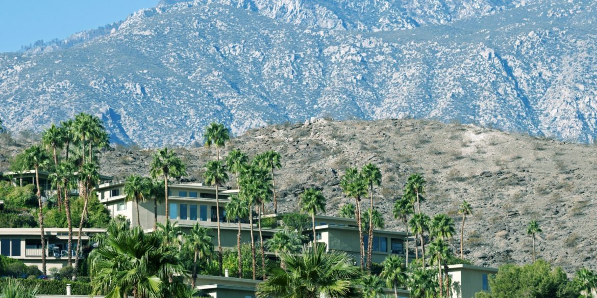 Cali Comparables: Ultimate Party Pads for the Big Game