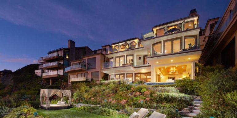 Home of the Week: Extraordinary Oceanfront Estate