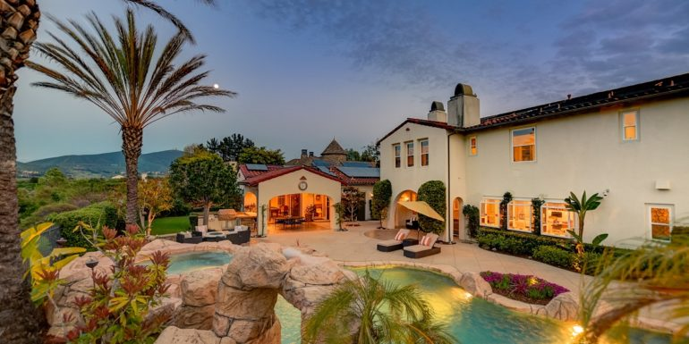 Home of the Week: Resort-style living in San Diego