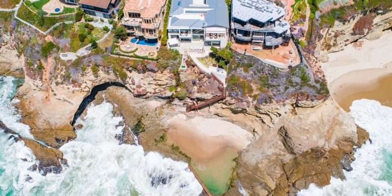 Home of the Week: Architectural Oceanfront Wonder